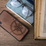 KW Σκληρή Ξύλινη Θήκη Samsung Galaxy A70 - Navigational Compass Dark Brown (200-104-441)